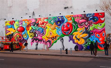 Wall Mural New York kenny scharf blobs take over bowery wall