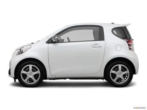 scion iq in snow purchase used 2012 scion iq base hatchback 2 door 1 3l in