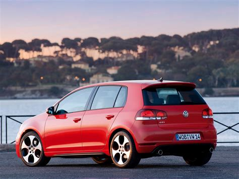 Price Of Golf Automatic by The Volkswagen Golf 6 Gti Hatchback 2013 Prices And
