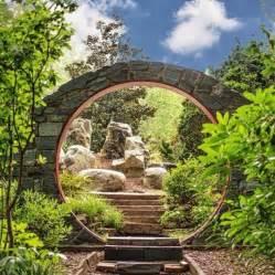 wander through the unc botanical gardens