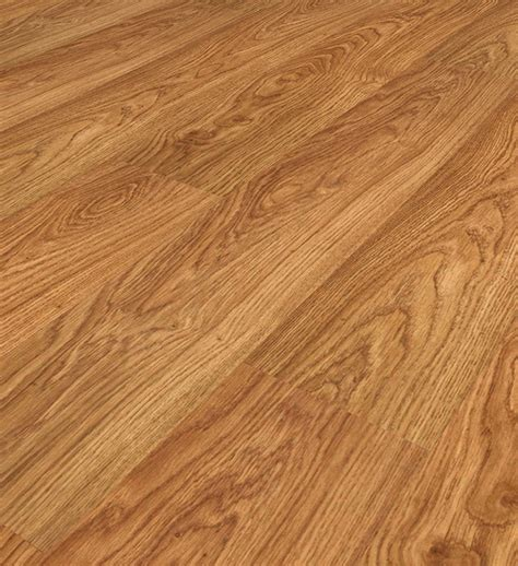 Light Oak Laminate Flooring by Vario Light Varnished Oak 9748 8mm Laminate Flooring