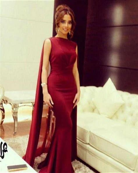 vino rojo stain vestido de noche de la sirena 2017