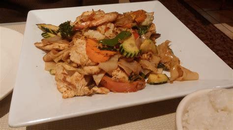 thai curry house minnesota restaurants dilettante requiem of chaos