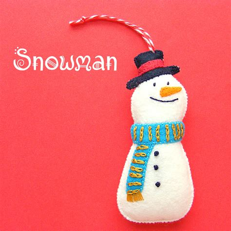 pattern for felt snowman a happy snowman felt ornament pattern shiny happy world