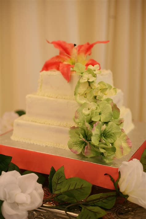 Classic Wedding Cakes Pictures by Classic Wedding Cake