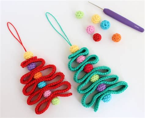 crochet ornaments 28 crochet yule decorations you can make in one evening books 12 diy crochet ornaments and decorations