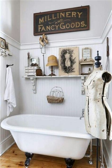 vintage bathroom decor 25 best ideas about bathroom on