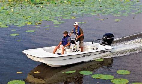 bass boat vs flats boat mako pro skiff 16 center console small wonder boats