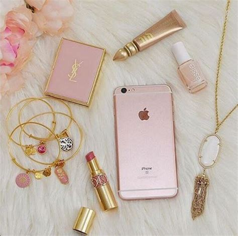 The Vanity Diary 25 Best Ideas About Girly Stuff On Pinterest Girly