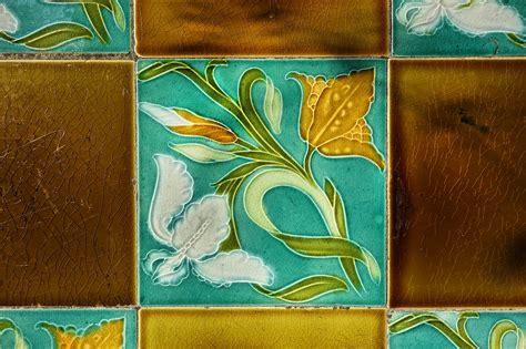 Nouveau Ceramic Wall Tiles
