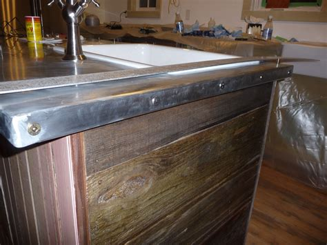 Diy Metal Countertops by Zinc Countertop Diy This Also Has Your Barnwood Look On