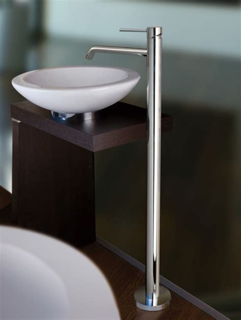 Free Standing Sink Bathroom Light Free Standing Bathroom Sink Faucet Contemporary Bathroom Sink Faucets