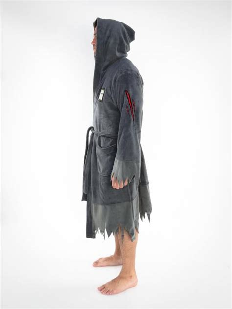 The Walking Dead Hooded Bath Robe Walkingdeadgifts Com