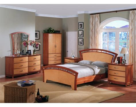 maple bedroom set angela footboard bedroom set maple and cherry finish