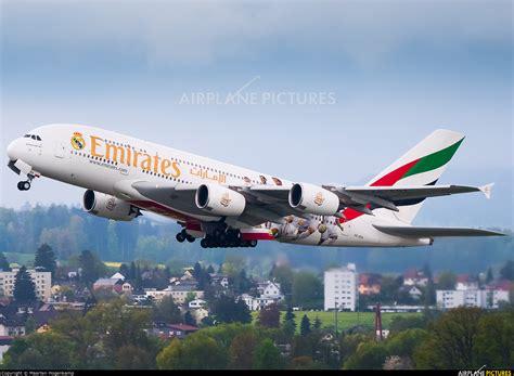emirates zurich a6 eoa emirates airlines airbus a380 at zurich photo