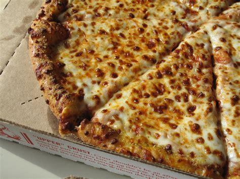 domino pizza cheese taste tested domino s new pizza recipe popsugar food