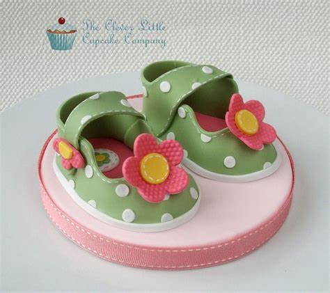 baby shoes porcelana fria youtube baby shoes cake topper zapatos y bolsos fondant