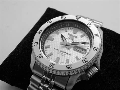 FS: Clean Grey / White Dial Seiko Diver Mod