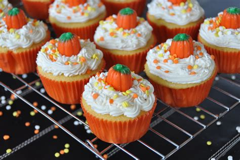Pumpkin Decorated Cupcakes by Southern Blue Celebrations Cupcake Ideas