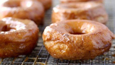 grands 174 pumpkin doughnuts recipe from pillsbury com