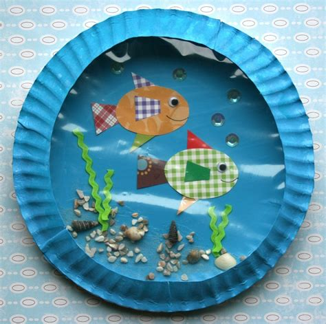 Paper Plate Aquarium Craft - smart bottom enterprises fish aquarium classroom kit