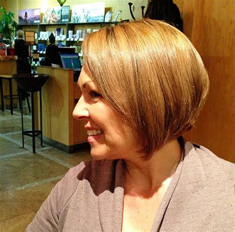 cute mom haircuts mama s got a new short haircut and color kandee johnson