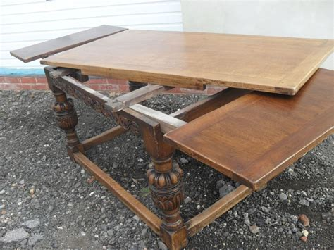 what is a draw leaf table 17th century style solid oak draw leaf dining table
