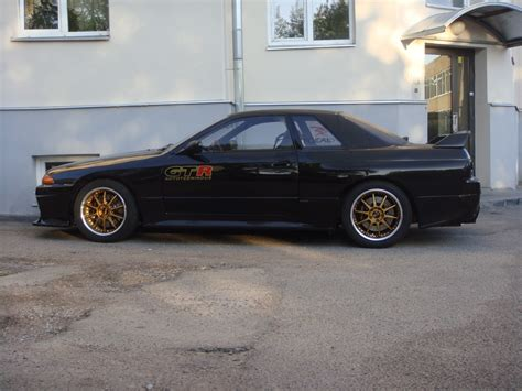 nissan skyline left drive timeout lhd r32 skyline in the flesh brickhouse products