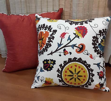 Bantal Sofa Motif Musical 1 jual sarung bantal sofa motif bunga bali sarung kursi