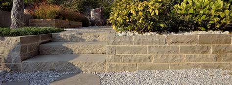 muretti prefabbricati per giardino 187 muretti in pietra granulati zandobbio granulati