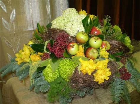 composizioni frutta e fiori composizioni in contenitore gipsy fiori fiori