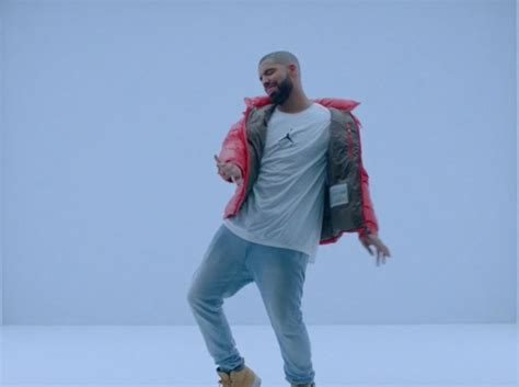 drake hotline bling just for the record all light skindeded people do not