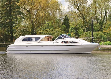 swan boats dates swan renown richardson s boating holidays