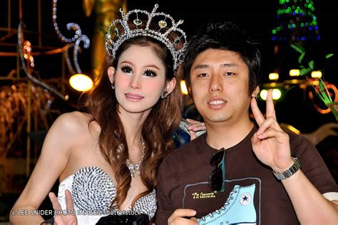 thai boat club road 18 tips to survive ladyboys and pattaya crazy nights