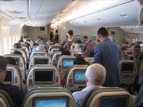 singapore airlines legroom seats aerospace notebook it s no cruise ship of the sky but