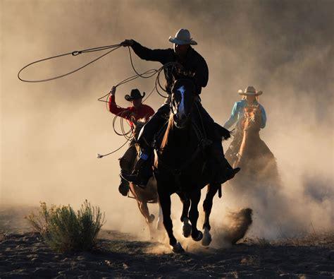 imagenes cowboy up texas cowboy reunion the world s largest amateur rodeo