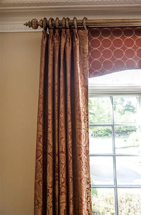 curtain cornice ideas best 25 cornices ideas on pinterest window cornices