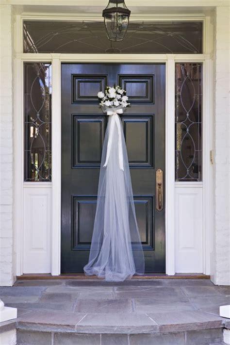 Front Door For A Bridal Shower So Cute Weddings Bridal Shower Door Decorations