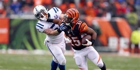 My In Is An Unemployed Mba Loser by Nfl Week 14 Lesean Mccoy Giovani Bernard Among Winners