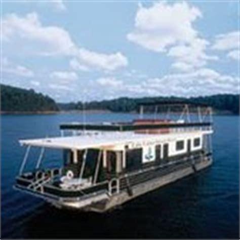 houseboats for rent lake lanier lake lanier islands boat rental 13 photos boating