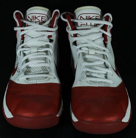 elite basketball shoes sports memorabilia auction pristine auction