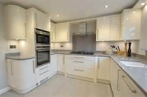Cream Gloss Kitchen Ideas by Colour Schemes In Cream Gloss Kitchen Google Search
