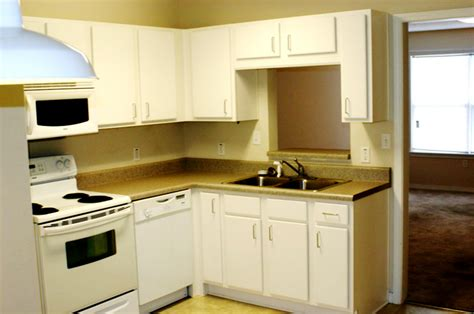 kitchen ideas for small apartments designs apartment kitchen decorating ideas on a budget