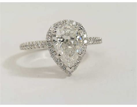 Pear Shaped Engagement Ring by Pear Shaped Engagement Rings Wedding And Bridal Inspiration
