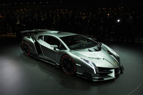 lamborghini veneno wallpaper lamborghini veneno at auto hd wallpaper cars wallpapers