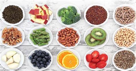 alimenti sistema immunitario 8 alimenti per rinforzare il sistema immunitario proanziani