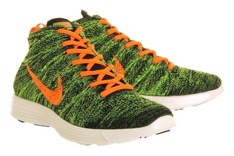 Nike Am Half Flyknit Green nike flyknit chukka new colourways