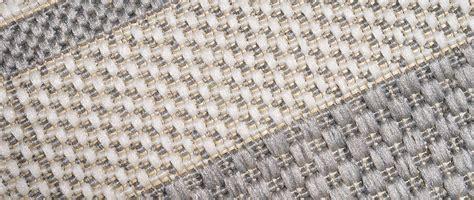 tappeto per esterno tappeto per esterno a righe grigio chiaro 120x170cm tozeur