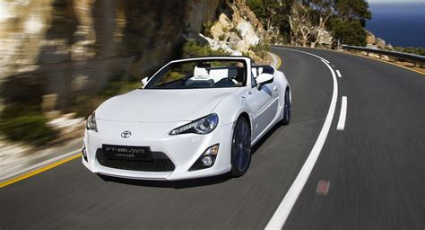 toyota roadster toyota 86 convertible concept revealed photos 1 of 9