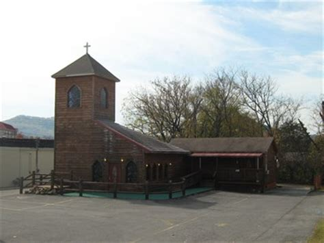 Wedding Bell Chapel In Pigeon Forge by Wedding Bell Chapel Pigeon Forge Tn Wedding Chapels